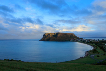 The Nut at Stanley Tasmania after late afternoon rain Fototapete