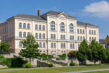 Bibliothek (Lyzeum) und Gymnasium in Greuz, Thüringen, Deutschland