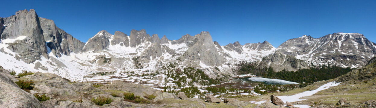 Cirque of the Towers Hike in the Wind River Range in Wyoming