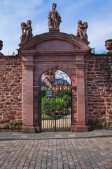 Eingangstor zum Klostergarten in Seligenstadt