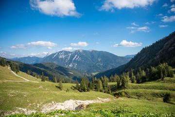 Wall Mural - Gebirge im Oberautal bei Achenkirch am Achensee, Tirol, Österreich