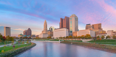Wall Mural - View of downtown Columbus Ohio Skyline at twilight