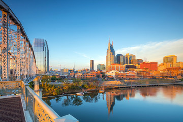 Fototapete - Nashville, Tennessee downtown skyline with Cumberland River in USA