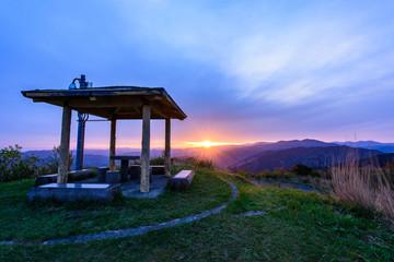 写真素材:塩塚高原、展望台、朝日、日の出
