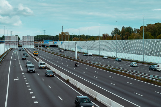 Traffic on the highway A10 Amsterdam