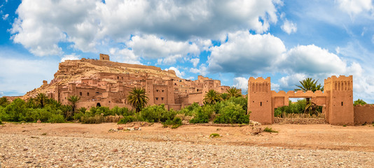 Wall Mural - Kasbah Ait Ben Haddou, a Berber fortress village near Ouarzazate in the Atlas Mountains of Morocco
