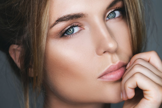 Portrait of stunning woman with natural makeup