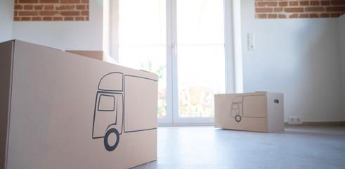 Umzug Karton in der Wohnung