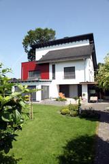 Einfamilienhaus Architektur zuhause Eigenheim Fenster