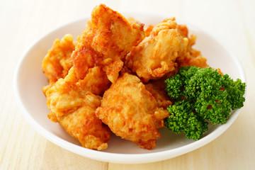 鶏ムネ肉の塩から揚げ