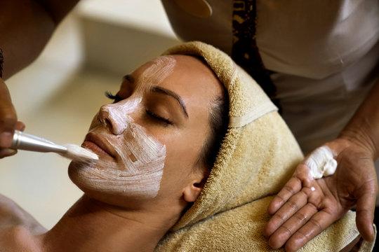 spa facial and mask