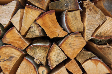 Tas de bois de chauffage empilé pour l'hiver Fotobehang