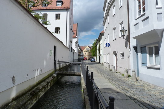 Wasserlauf im Lechviertel in Augsburg