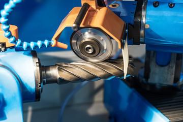 Automatic sharpening machine.