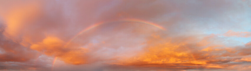 Rainbow in sky Fototapete