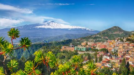 Etna volcano and Taormina town aerial panoramic view Fototapete