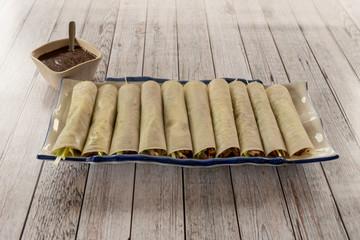 Rollitos de pato pekin