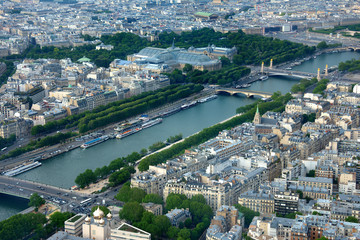 Aerial view of the River Seine and surrounding Paris, France city architecture including the Galeries Nationales, Grand Palais viewed from the top of the Eiffel Tower. Fototapete