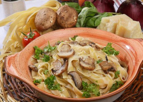 cream mushroom Pappardelle pasta