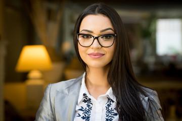 retrato executivo femenino