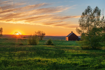 sunrise over farm Fototapete