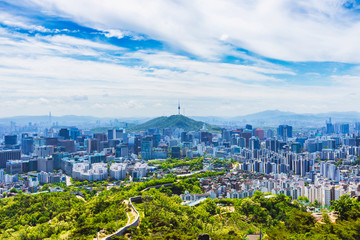 Fotobehang Seoel Summer and Skyline of Seoul downtown , Seoul Tower and Lotte Tower in Seoul,South Korea
