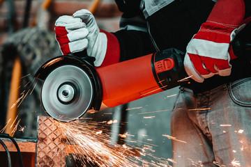 Electric wheel grinding on steel