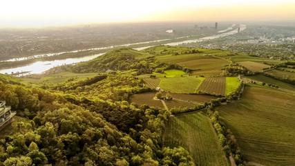 Bekanntester Aussichtspunkt von Wien Kahlenberg im Frühling von oben, Wien, Österreich