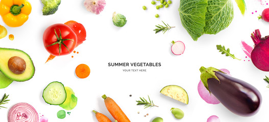 Photo sur Plexiglas Magasin alimentation Creative layout made of tomato, cucumber, pepper, onion, carrot, beetroot, eggplant, cabbage, garlic, broccoli and green beans on the watercolor background. Flat lay. Food concept.