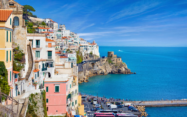 Beautiful seaside town Amalfi in province of Salerno, region of Campania, Italy Fototapete