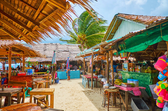 Choose the beach bar on Khai Nai island, Phuket, Thailand