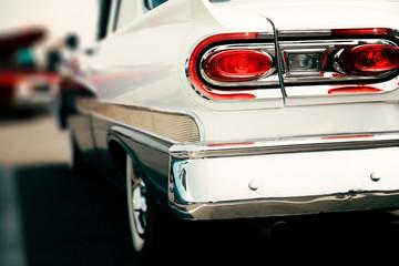 Fotomurales - Classic car street display