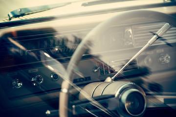 Fotomurales - Classic car dashboard