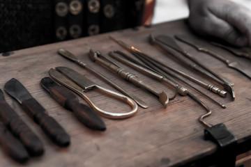 work tool surgeon medium field operating tweezers clamps, improvised tools surgery
