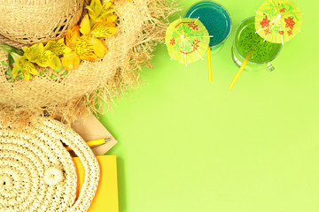 Summer mockup banner with straw hat, bag and cocktails