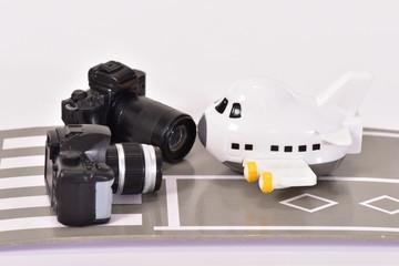 飛行機と道とカメラ