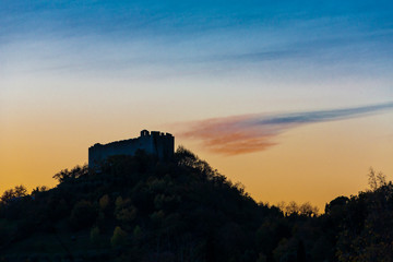 The town of Asolo in Italy / The fortress Fototapete