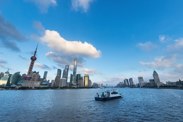 Fotomurales - beautiful shanghai cityscape in summer