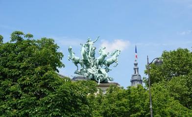 Grand palais statue Paris Fototapete