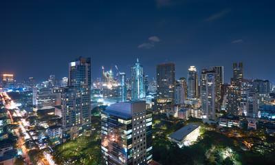 Fotomurales - Bangkok urban cityscape skyline , night scene .
