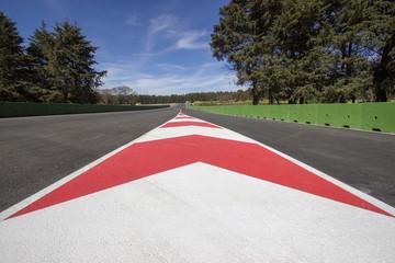 Foto op Aluminium F1 señalamiento de pista de autos