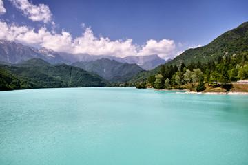 Poster Reflexion Panorama di montagna con lago
