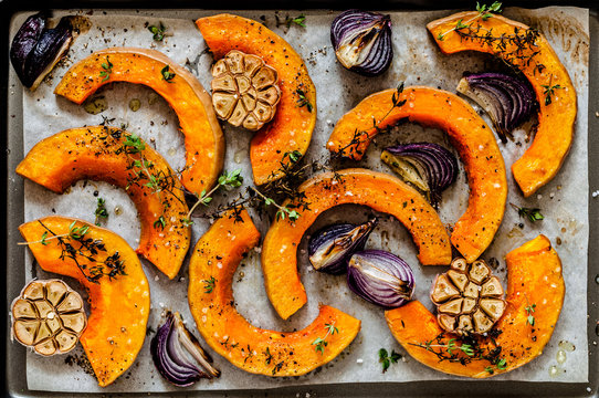 Roasted Squash Slices with Red Onions