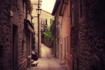 Beautiful old narrow lane with windows on the old histiric europe italy house.