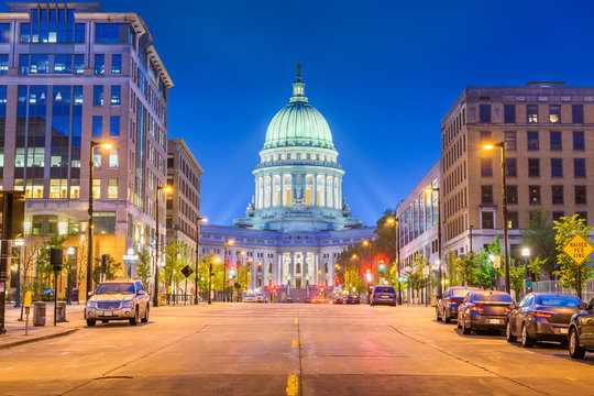 Madison, Wisconsin, USA state capitol