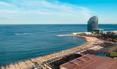 Autocollant pour porte Barcelona view of the sea in Barcelona