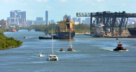 Busy waterway of the port of Fort Lauderdale