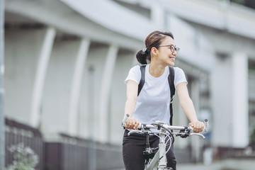 サイクリング・女性