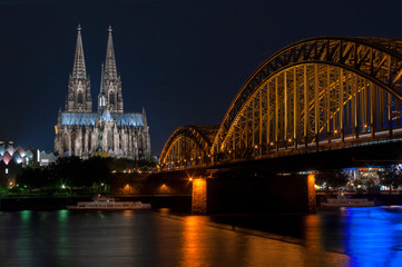 Europe, Germany, Cologne, cathedral and Hohenzollern bridge dusk