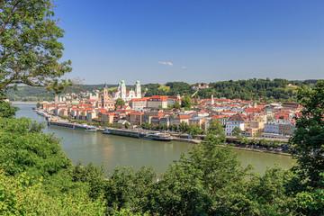 Postkartenblick auf die Dreiflüssestadt Passau an der Donau